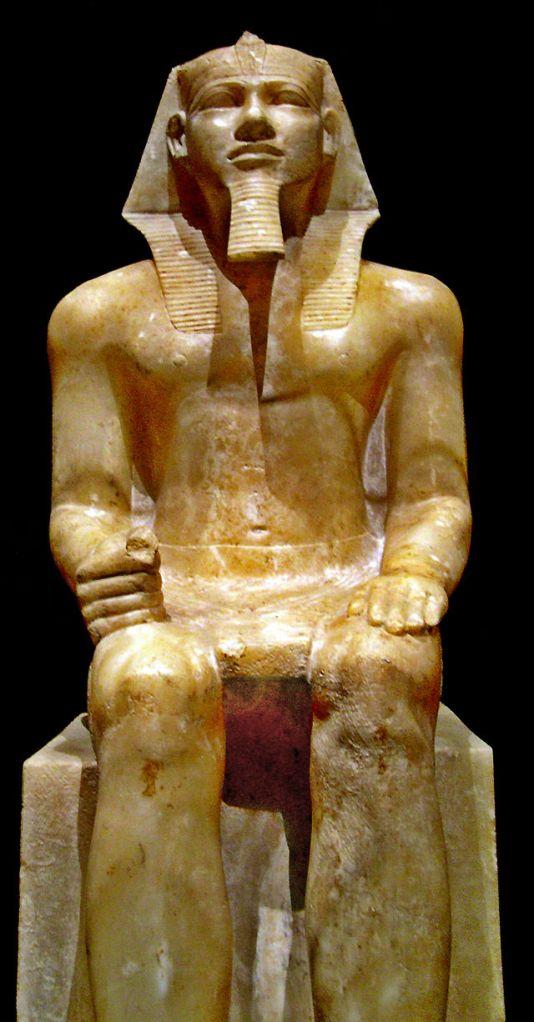 Kefrén  Faraón de la Dinastía IV de Egipto Estatua sedente de Jafra