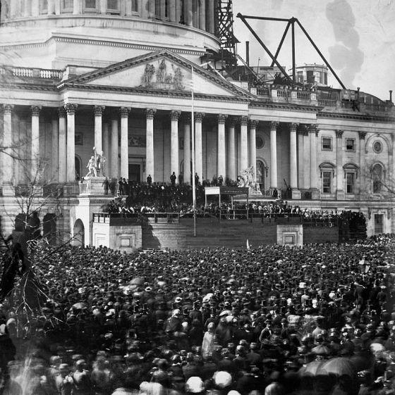 Fotografía del 4 de marzo de 1861, fecha en que Lincoln tomó posesión de la presidencia de los Estados Unidos.