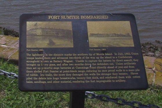 Fort Sumter antes y tras el bombardeo.