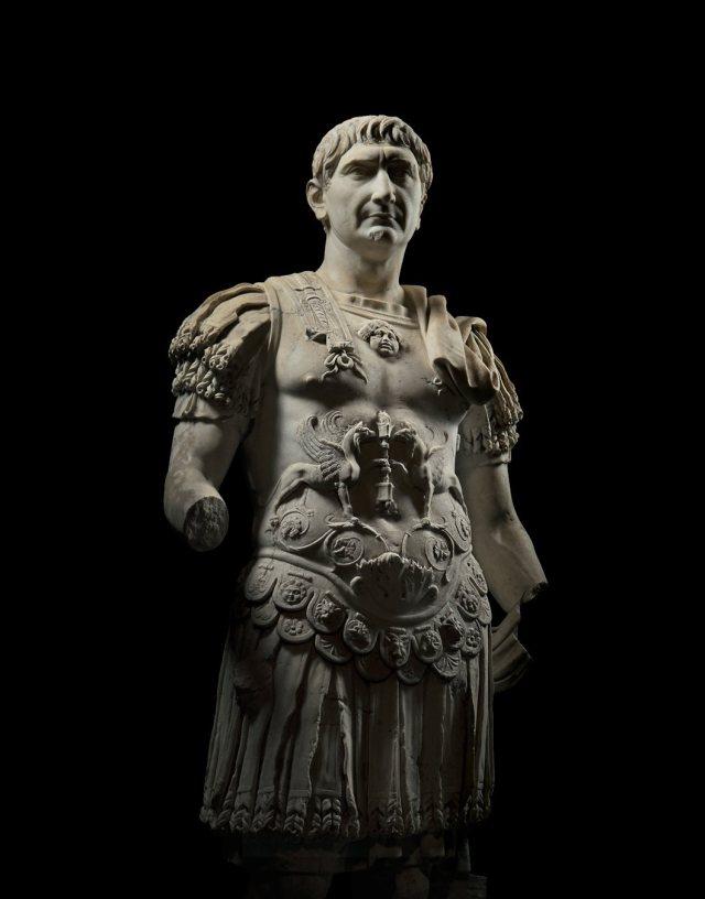 Trajano-escultura