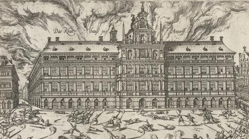 Incendio de Amberes iniciado en el ayuntamiento- Wikimedia