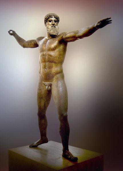Dios del cabo Artemisio: se discute si el representado es Zeus lanzando un rayo o Poseidón lanzando su tridente