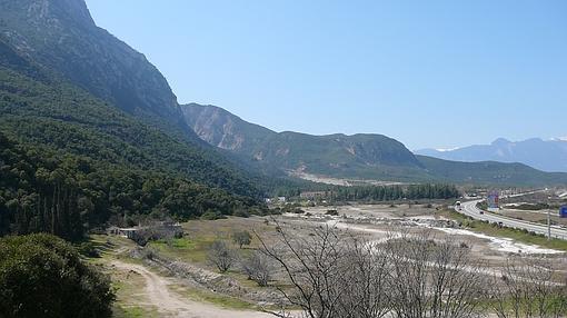 Vista del desfiladero de las Termópilas hoy- Wikimedia