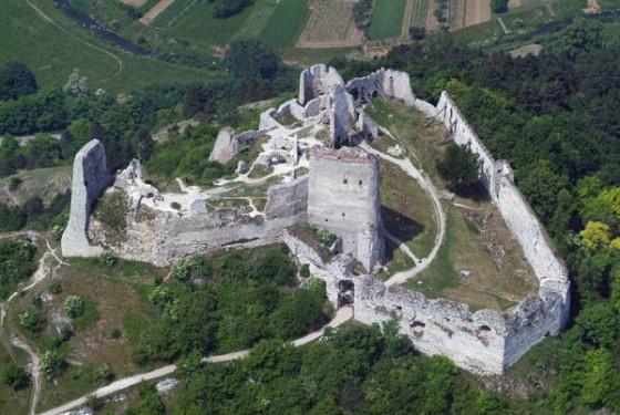 Vista aérea del Castillo Čachtice