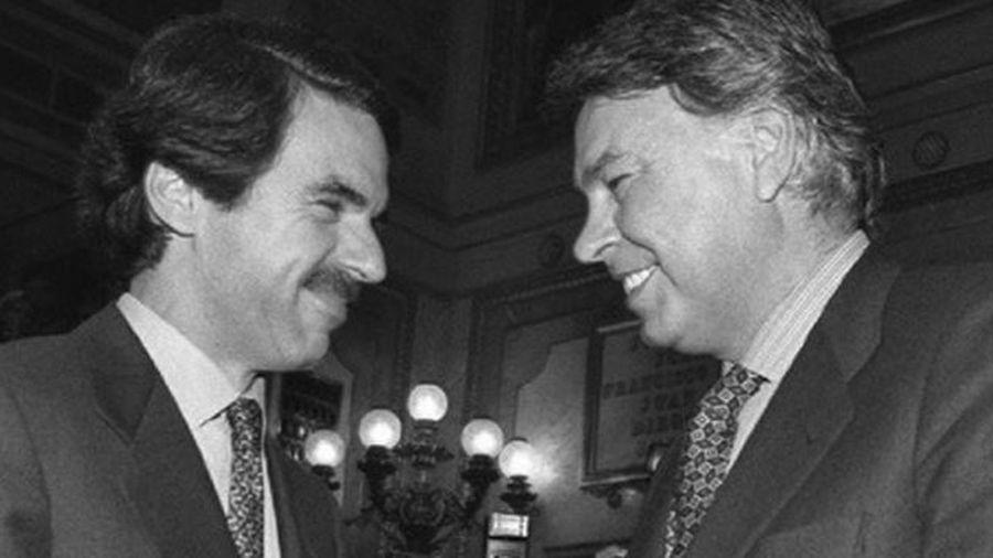 José María Aznar y Felipe González.