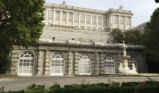 05-la-estufa-de-las-camelias-del-palacio-real